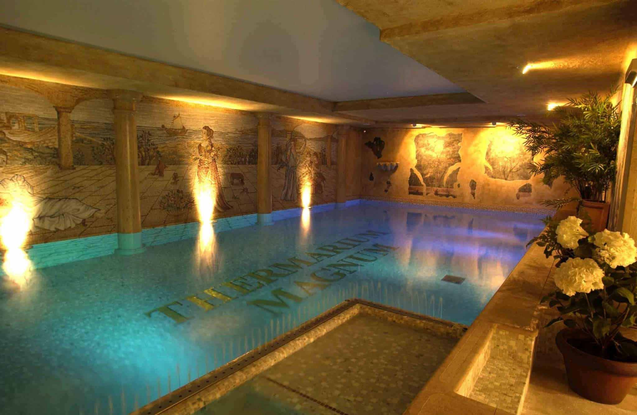 Indoor pool (c) Duchi d'Aosta
