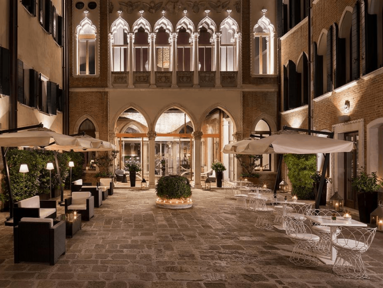 Sina Hotel Centurion Palace-3
