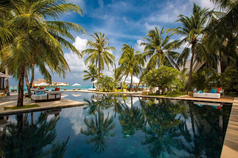 Ozen Reserve Bolifushi Malediven Hauptpool