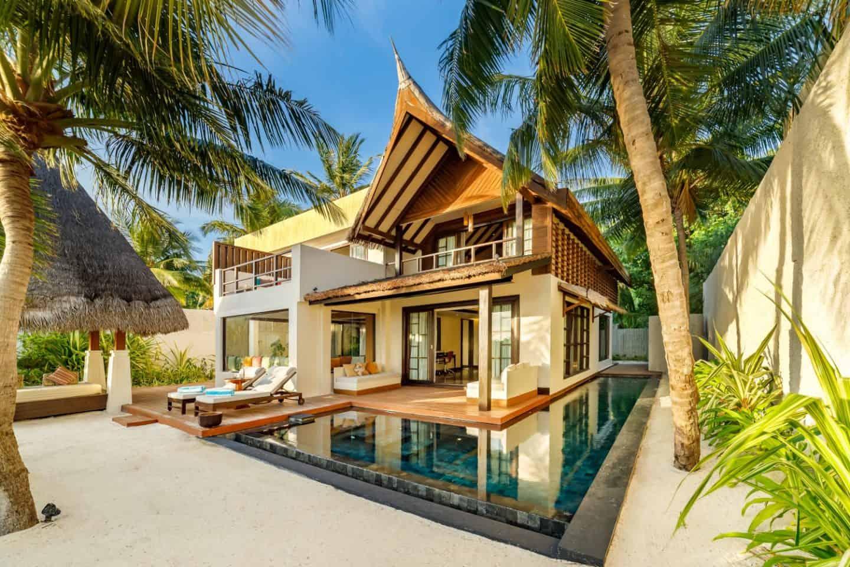 Malediven Sunrise Earth Pool Pavilion
